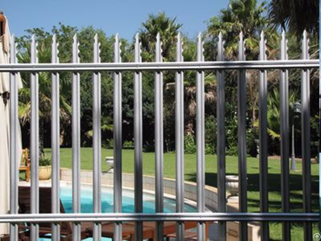Steel Palisade Fence Owns Good Rigidity