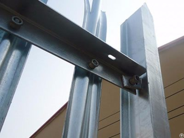 Palisade Rails Angle Type With Punched Holes