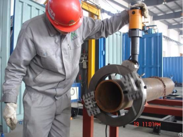 Portable Orbital Pipe Cutting And Beveling Machine