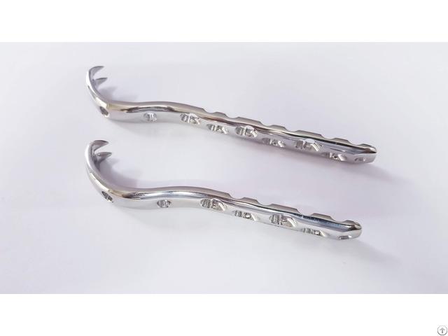Locking Proximal Femur Hook Plate Orthopedic Implant