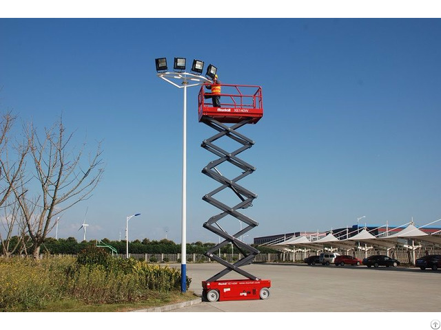 Electric Self Propelled Scissor Lift Xe140w