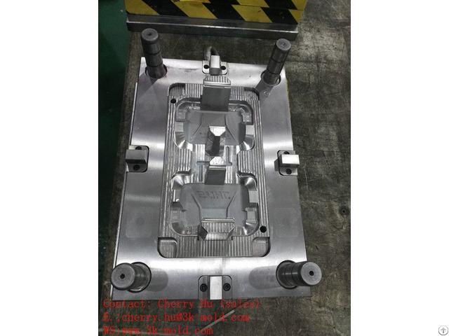 Precision Plastic Injection Molds