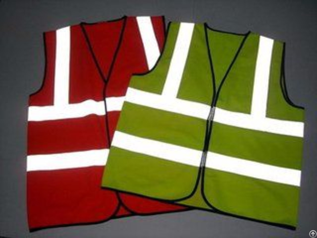 Safety Vest With High Visibility Reflective