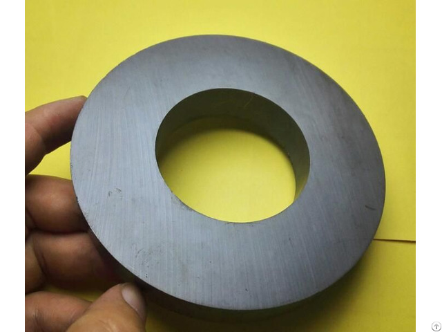 D 120mm Thickness 20mm Work Temperature 40 To 220 Celsius Permanent Ring Ferrite Magnet