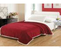 Bright Red Coral Fleece Blanket 0 5cm Thickness No Bleaching For Bedrooms