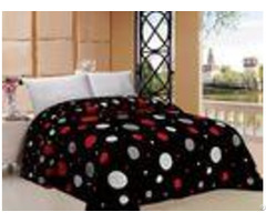 Colorful Graphic Winter Quilt Sets With Fluffy 100% Polyester Filling