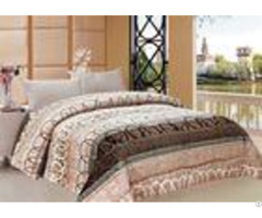 Circle Stripe Styling Winter Quilt Sets Durable With Simple Design Quilting