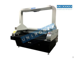 Dye Sublimation Printed Sportswear Laser Cutting Machine