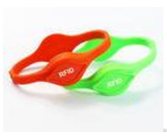 Lf Hf Silicone Pool Pass Wristbands Dual Chips Uhf Rfid Wristband