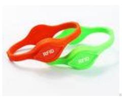 Lf Hf Silicone Pool Pass Wristbands Dual Chips Uhf Rfid Wristband