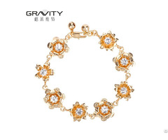 New Design Flower Shape 18k Gold Bracelets For Women