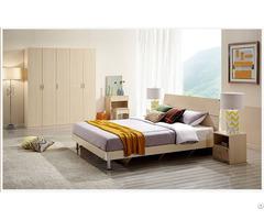 Environment Friendly Wood Bedroom Furniture Set