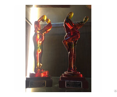 Suanti Original Design Transparent Resin Colorful Romantic Lover Couple Statue