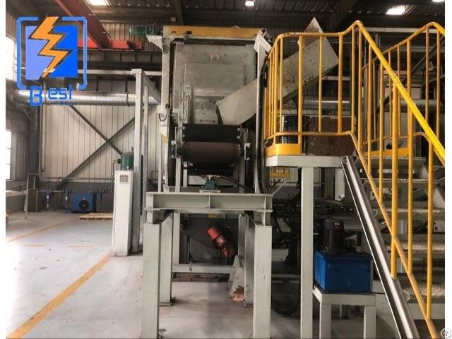 Q3210 Automatic Feeding Rubber Or Steel Belt Conveyor Shot Blasting Machine