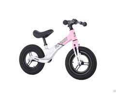 China Flybaby Magnesium Kids Balance Bike