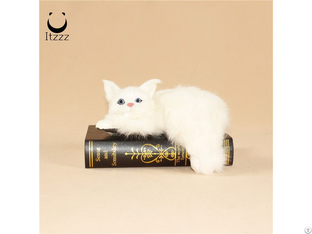 Hot Selling Home Decor Furry Simulation Animals Cat Toy