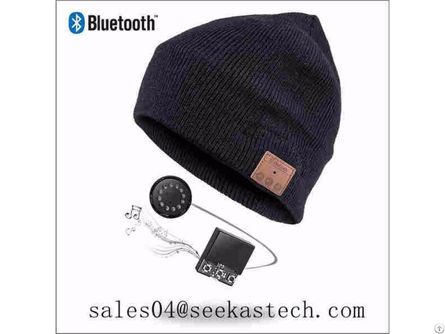 Beanie Hat With Bluetooth Headphone Inside