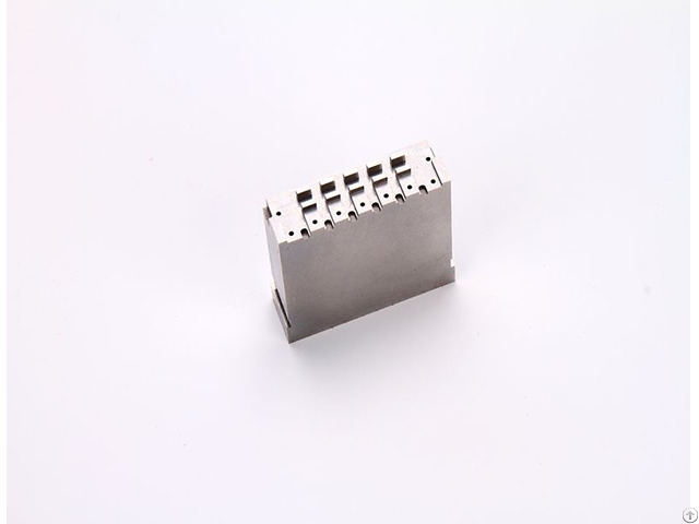 Precision Mould Part Manufacturer Yize The Accuracy Can Reach 0 002