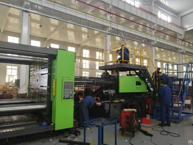 Sunbun 2200t Central Locking Structure Injection Molding Machine